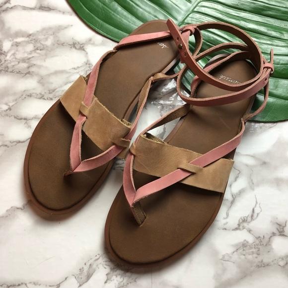 15bfcb223e25 Sanuk Leather Ankle Strap Thong Sandals. M 5bf7ad2a3c9844cdff21e250